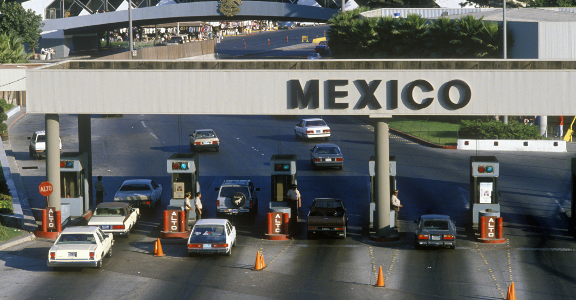 The Tijuana and U.S. border, symbolizing the dangers of bariatric surgery in Mexico.